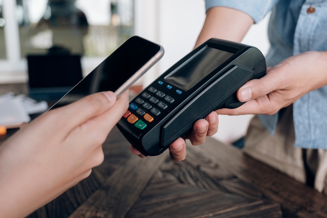 cards-and-payments-services-D2V2TBX